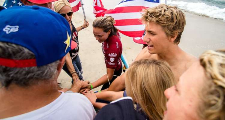 El team U.S.A gana el oro en el ISA World Junior Surfing Championship