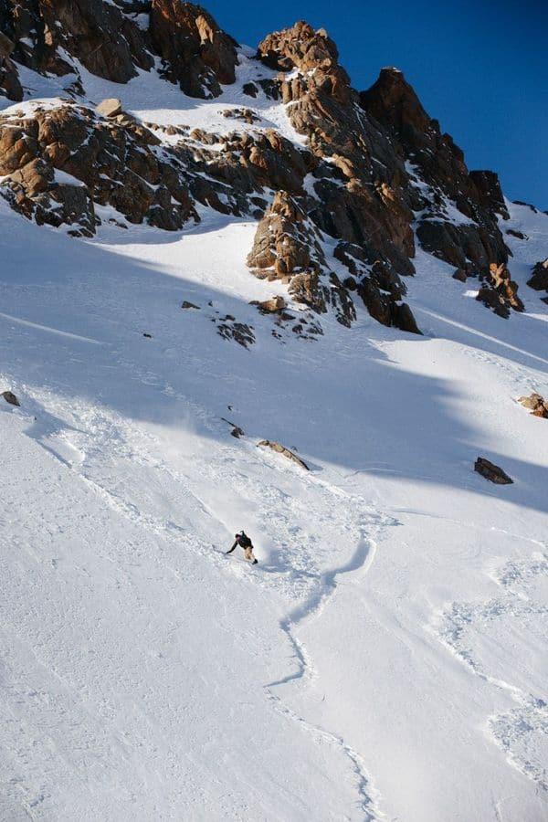 http---coresites-cdn.factorymedia.com-mpora_new-wp-content-uploads-2016-02-Cat-skiing-Snowboarding-in-Kyrgyzstan-2016-Dan-Medhurst-8290-1