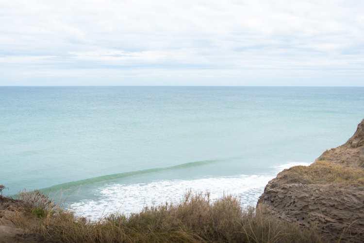 3 Una de las olas vírgenes del viaje, Río Negro - Foto de @betoviedo