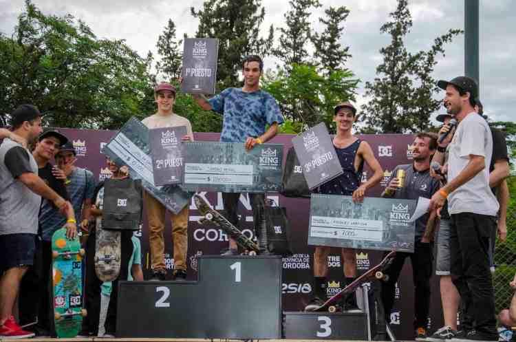 El Chino en el podio. Ganó $ 20.000 en Córdoba y al otro día otros 12.000 en Buenos Aires