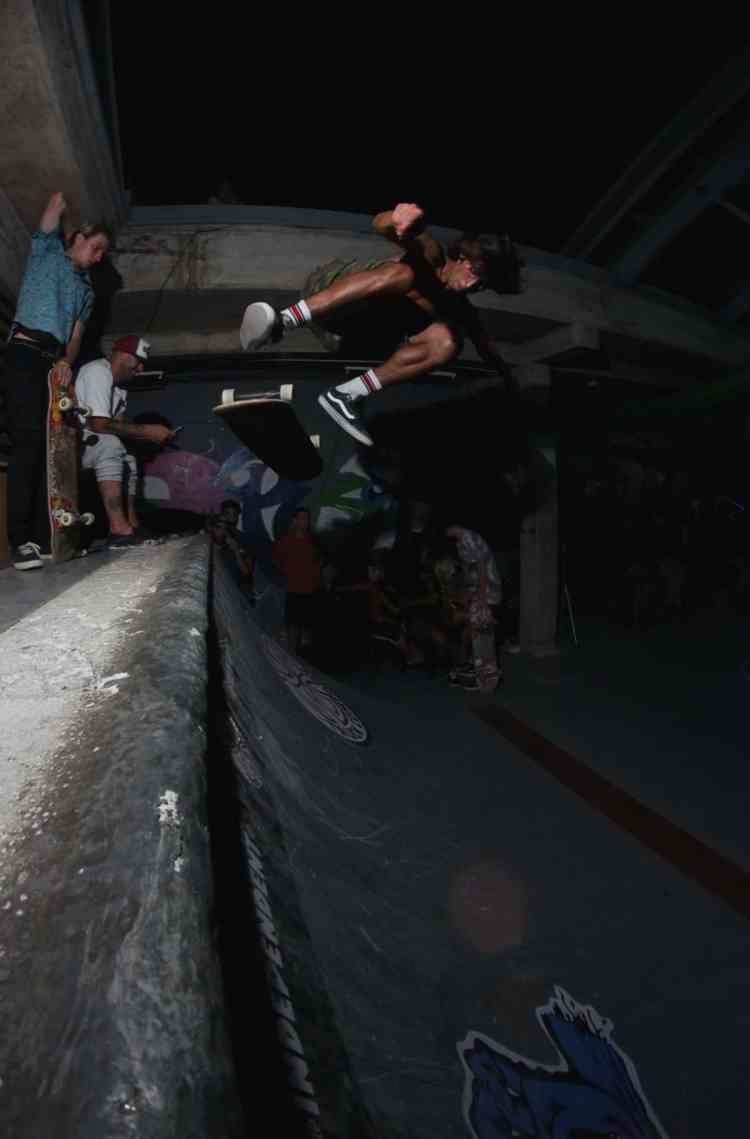 franco m- blunt to bs kickflip out