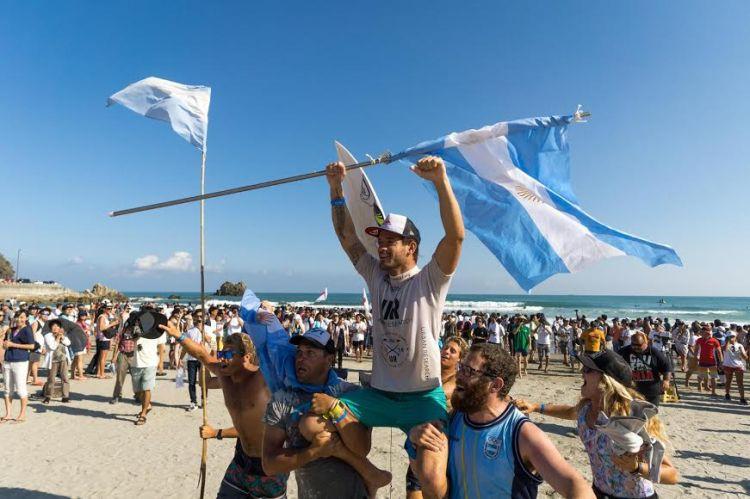 santi muñiz mundial isa campeon argentina