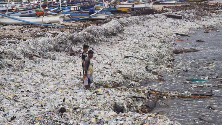 indonesia parley greg jimbaran plastico