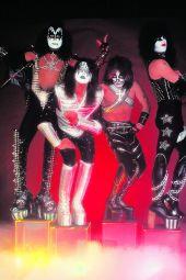 Dynamite Entertainment KISS Zombies Cover D (Photo, Virgin)