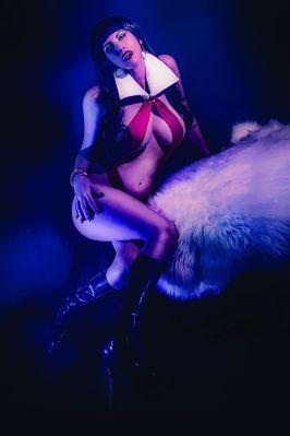 Dynamite Entertainment Vengeance of Vampirella #2 Cover D (Cosplay, Virgin)