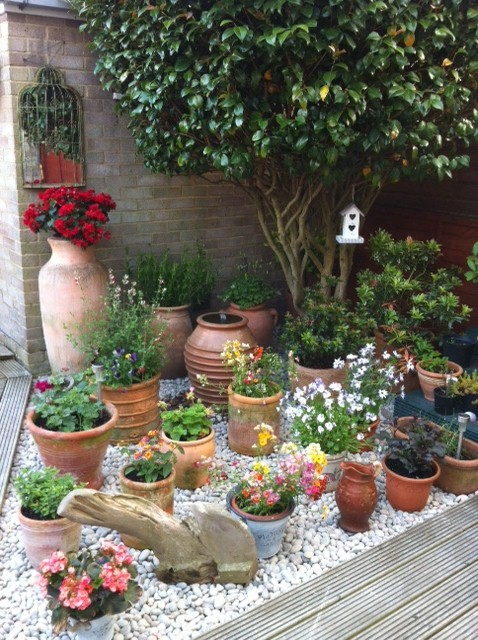 How To Plant Flowers In Pots & Containers Gravelmaster