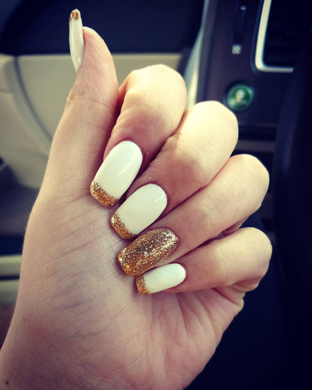 40 Manicure Inspiration Ideas with These Classy Nail Designs
