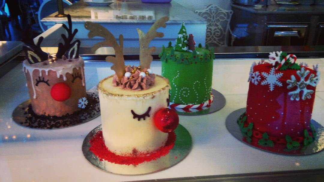 Pictures Of Decorated Christmas Cakes