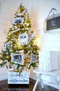 25+ Creative DIY Christmas Tree Stands - Gravetics