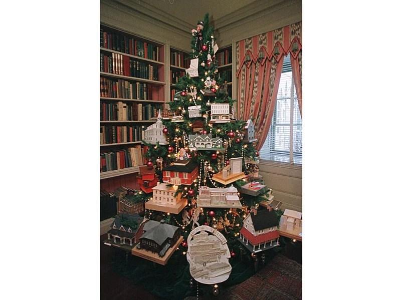 U.S. White House Prepares For Christmas