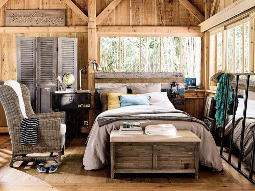 Il letto matrimoniale ikea è un elemento importante della stanza, che ci accoglie in molti momenti della giornata, quando abbiamo voglia di riposare, leggere un buon. 10 Idee Per Arredare Una Camera Da Letto Molto Piccola Grazia It