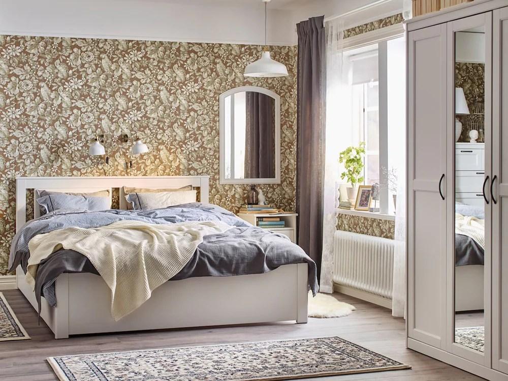 Scegli tra centinaia di fantasie e designer o stampa il tuo motivo. Specchi Ikea 10 Idee Originali Per Decorare La Casa