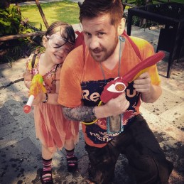 Me and Amelia took part in the Songkran celebration.