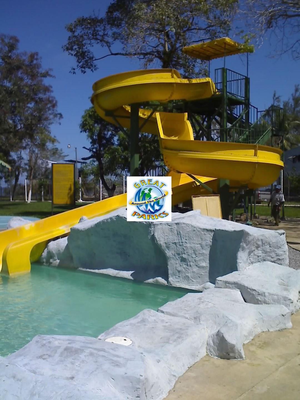 Tobogn Curvo COD S012  Great ParksGreat Parks