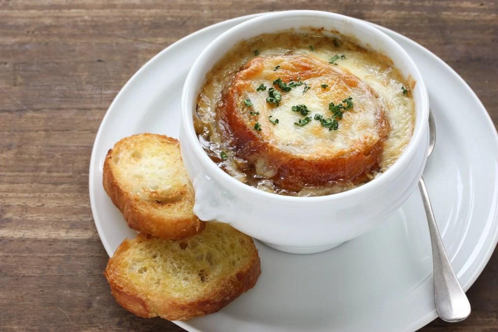 folly-beach-onion-soup