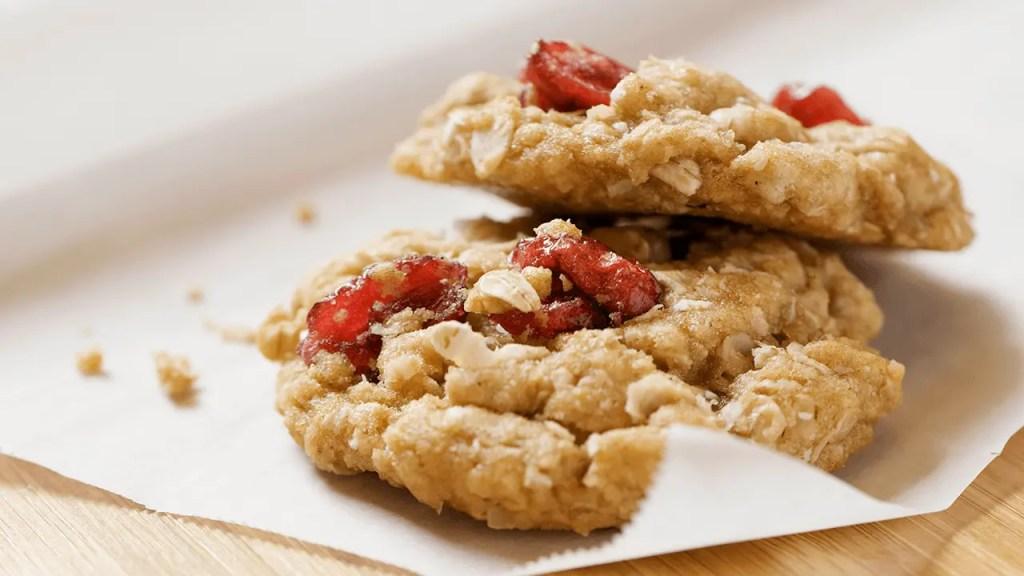 Oatmeal Cranberry Walnut Cookies Recipe