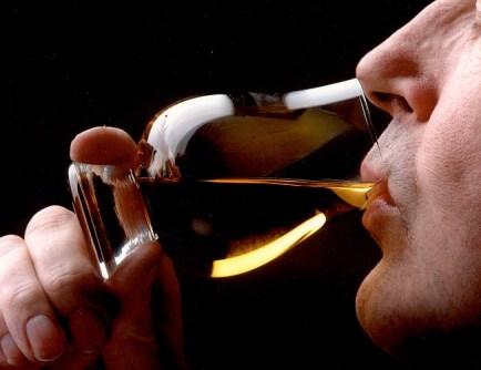 Drinking from the Glencairn glass