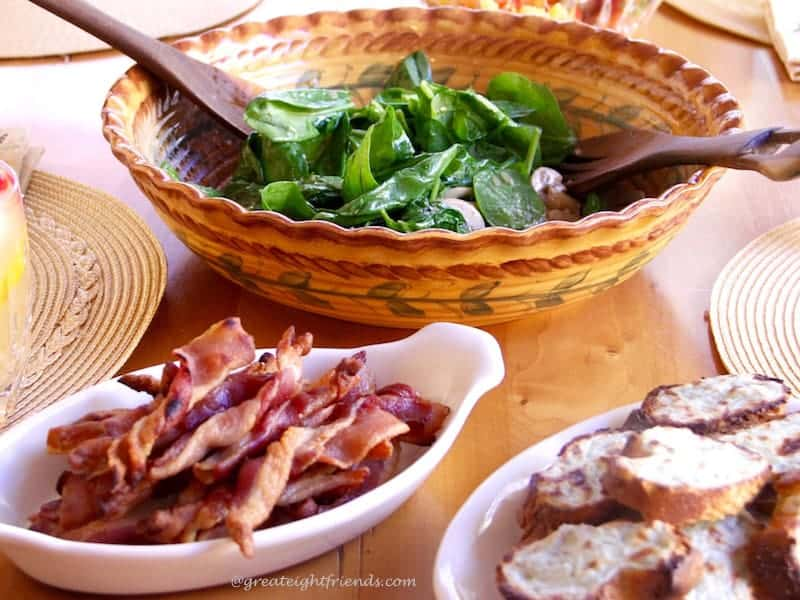 Bacon Twists in Spinach Salad with Gorgonzola Croutons