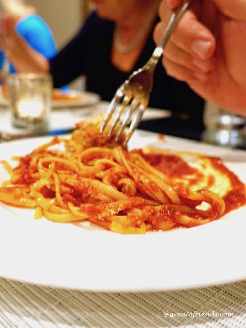 eat pasta lose weight spaghetti close up