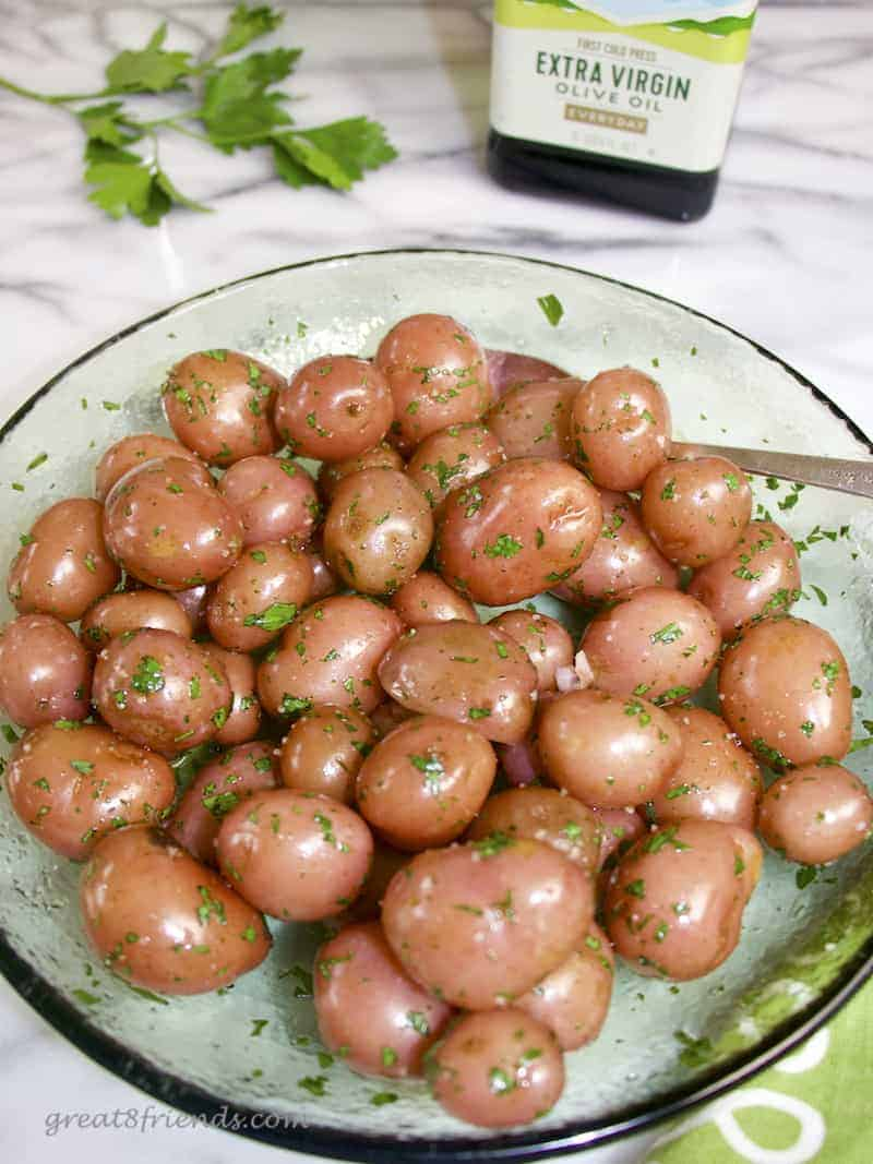 Three ingredient side dish, yes! These easy Parsley New Potatoes are the perfect accompaniment to any meal, healthy, too!