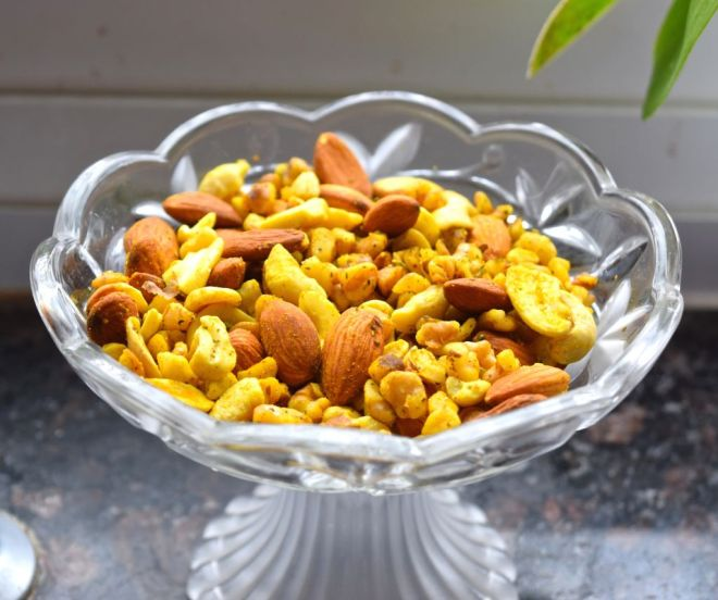 Roasted Mixed Nuts
