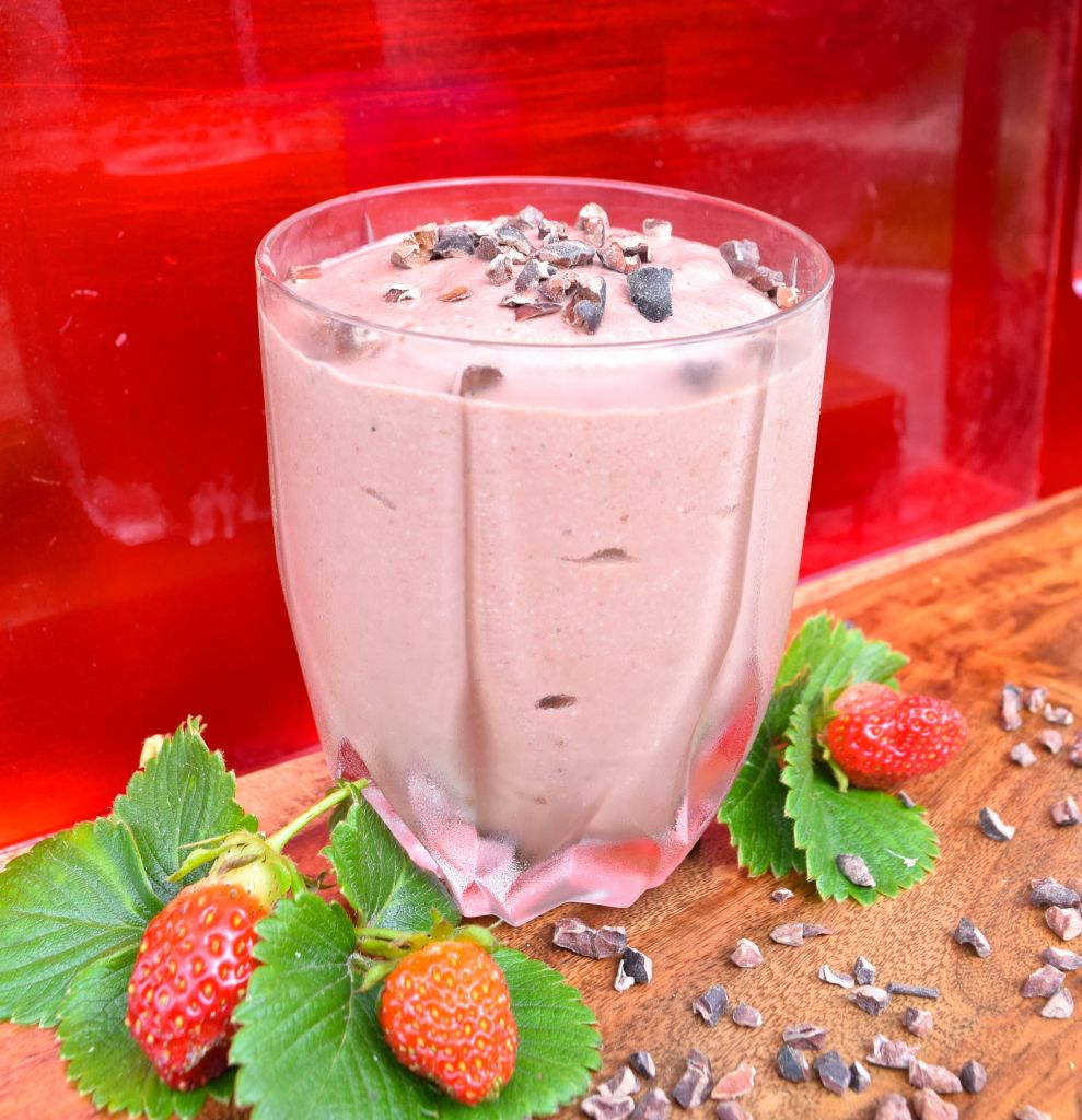 Strawberry Chocolate Smoothie (Paleo) • Great Food and Lifestyle