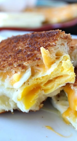 Fried Egg Grilled Cheese Sandwich Great Grub Delicious