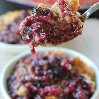 Blueberry Walnut Crisp