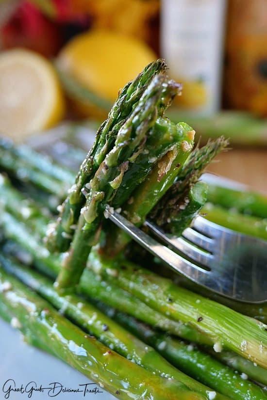 Lemon Parmesan Baked Asparagus
