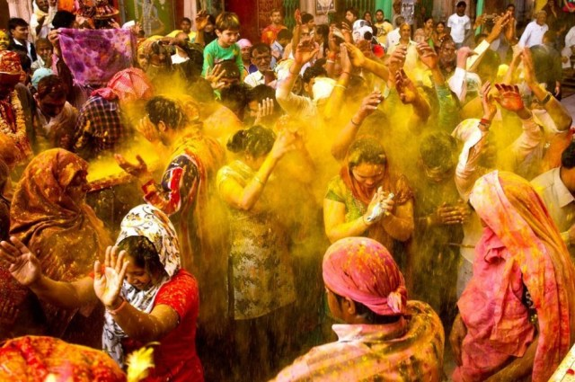 Final Day of Holi Mathura
