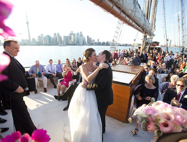 Weddings Banquet Halls Catering  Toronto Dinner Cruises Boat Cruises Day Tours  Toronto