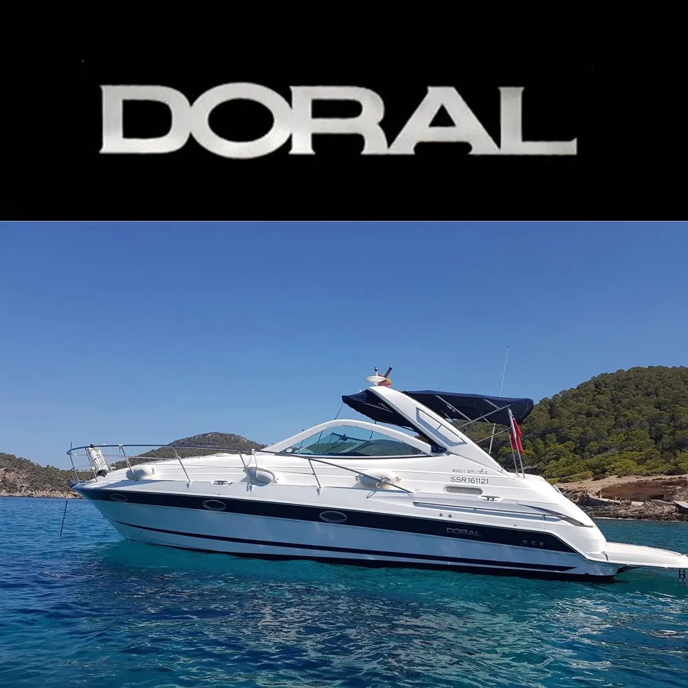 hight resolution of doral boats