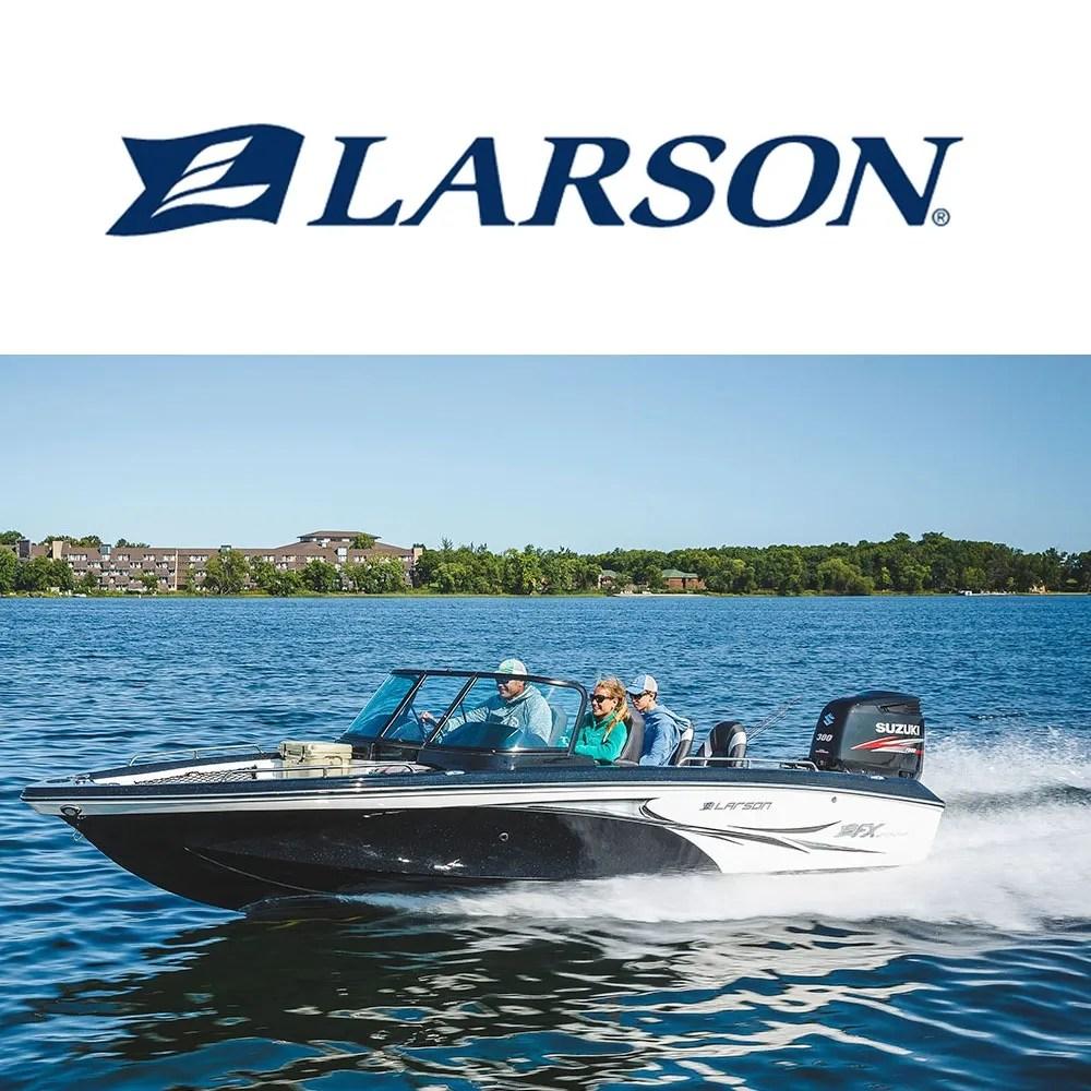 hight resolution of larson boats