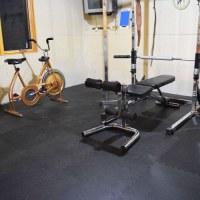 Home Gym Floor Tiles - Pebble Top Tile for Gym Floors