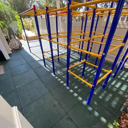 cool backyard flooring ideas rubber
