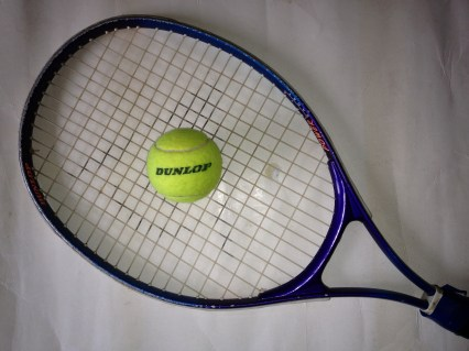 Tennis Racket one ball