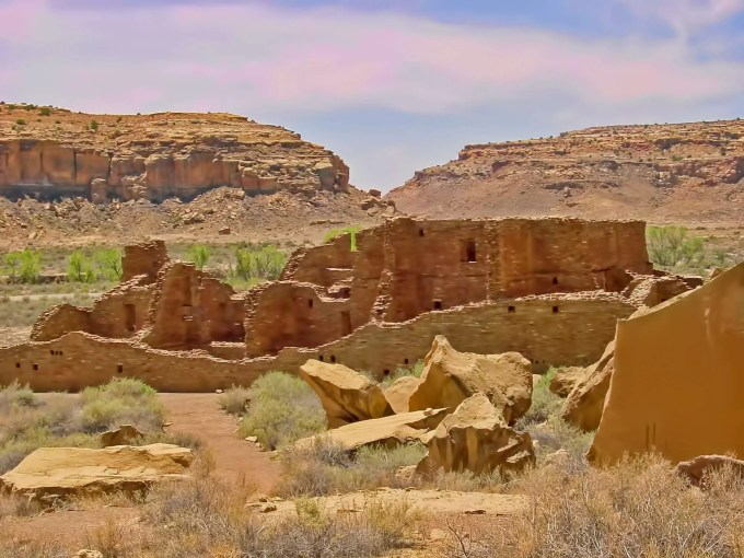 Chaco_Canyon_Picture
