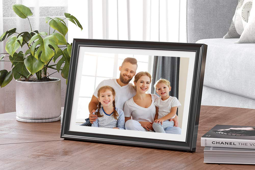 Smart Picture Frames