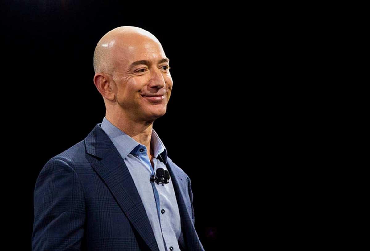 Jeff Bezos top 10 richest men in the world