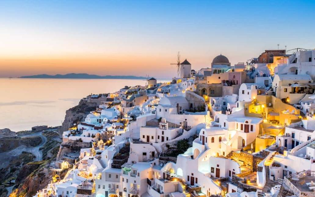 Greece, Santorini Top 10 Honeymoon Places for a Couple to Visit