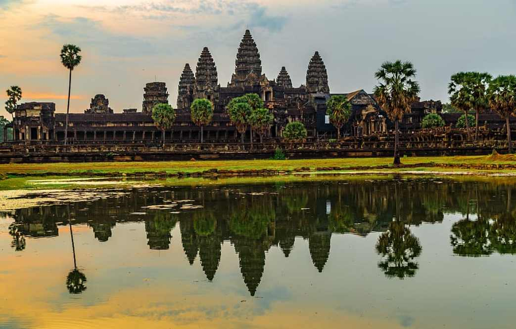 Angkor Wat Top 10 Most Popular Historical Places In The World by greattopten
