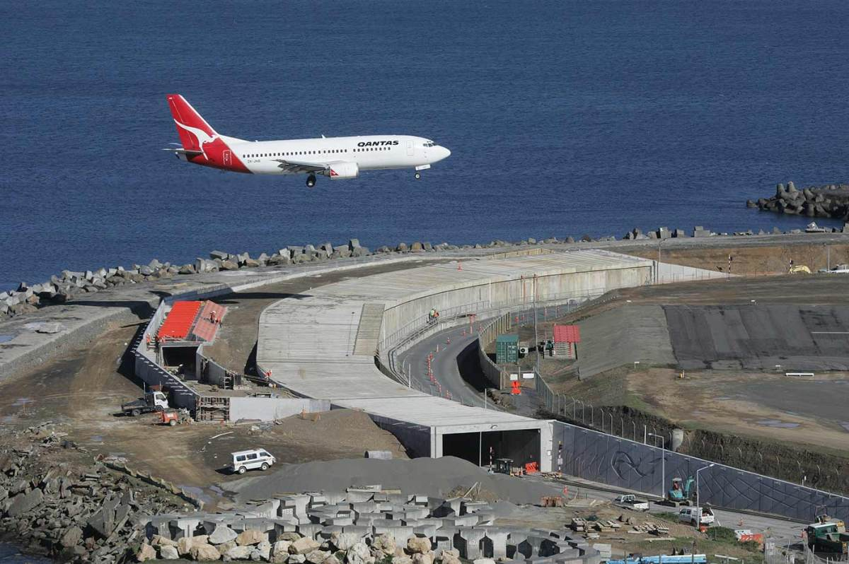 Wellington Airport Top 10 Most Dangerous Airport In The World