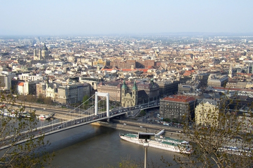 Elizabeth Bridge in Budapest connecting Buda and Pest across the River Danube