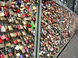 Padlocks on the Hohenzollern Bridge