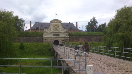 Towards the Citadel of Lille