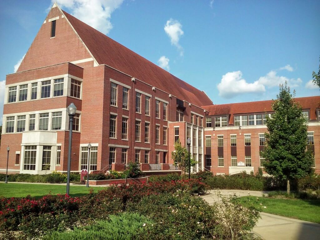 University of oregon dorms