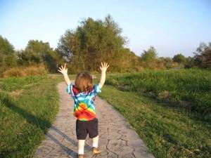 Happy_child_finds_joy