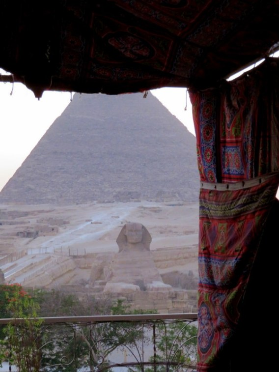 pyramids view, cairo