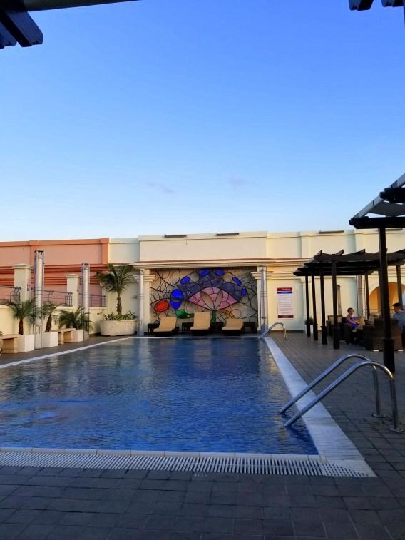 la habana vieja, colorful buildings, cuba, havana, bars havana, pool