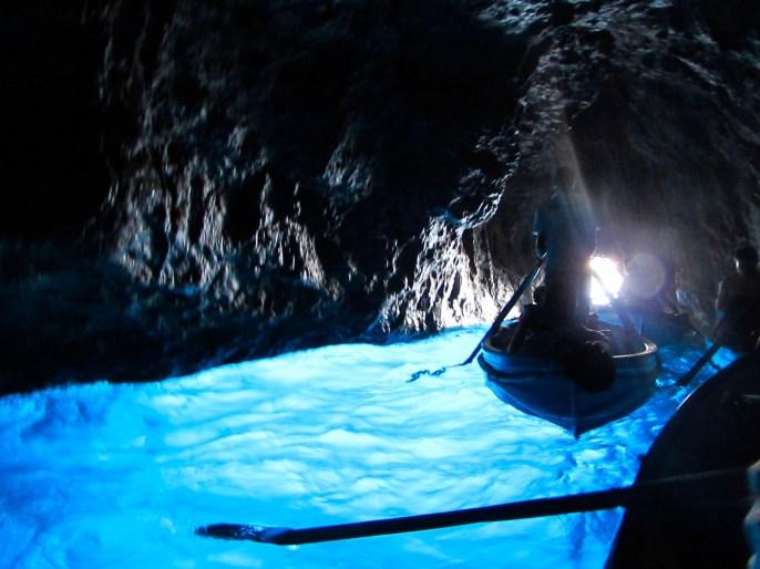 blue grotto, grotta azurra, capri